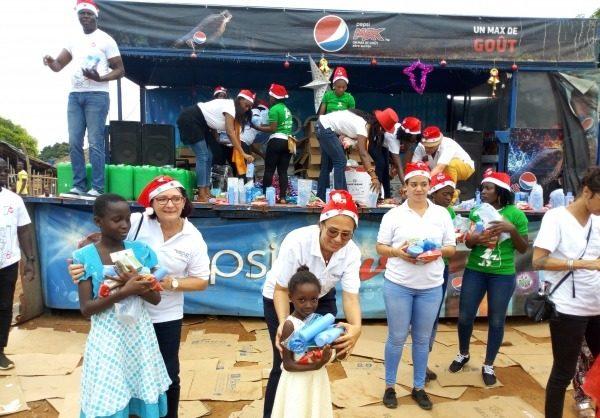 Sakassou | Arbre de Noël : Le professeur Fassinou Crespin gâte plus de 1000 enfants